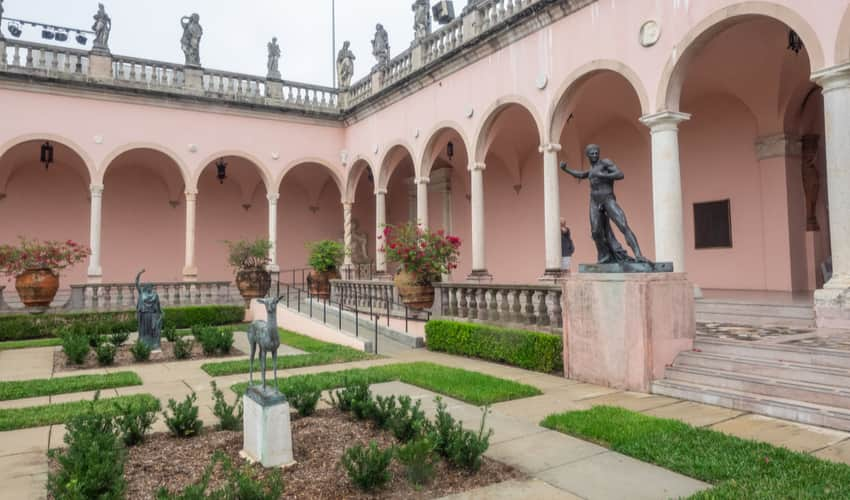 The courtyard at the John and Mable Ringling Museum of Art
